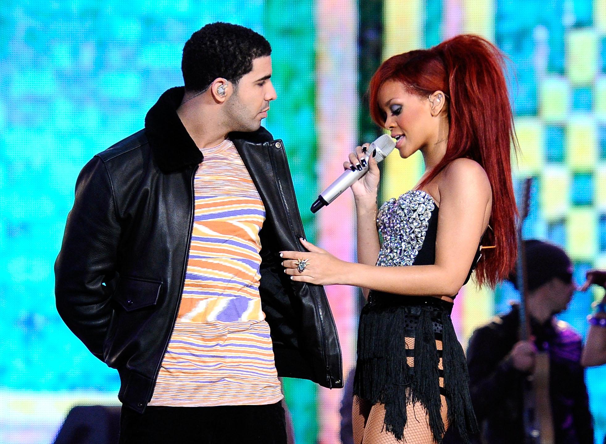 Rihanna en Drake dating 2014
