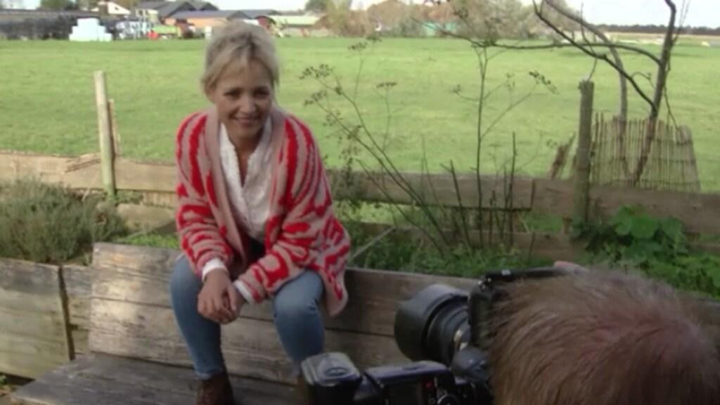 Yvon Jaspers geeft liefdeslessen in Boer Zoekt Vrouw
