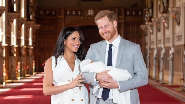 Harry en Meghan vieren Moederdag met nieuwe foto van baby Archie