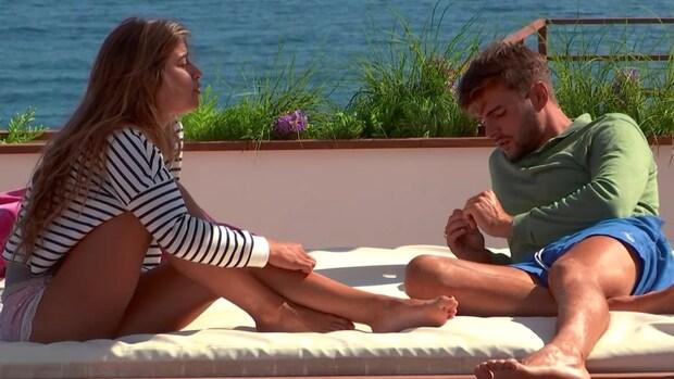 Eerste scheurtjes in relatie Love Island-Lotte en Jarne?