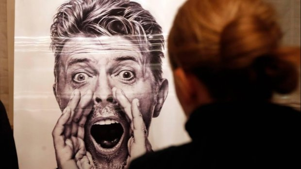 Johnny Flynn speelt David Bowie in biopic