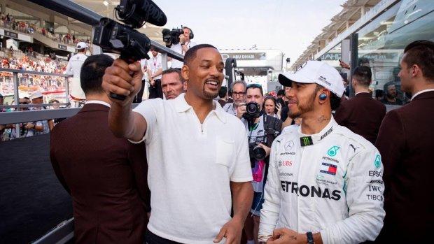 Will Smith brengt celebrities naar Formule 1