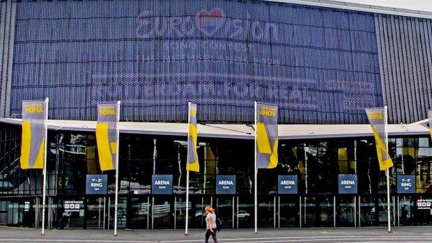 Maastricht en en Rotterdam moeten plannen Songfestival aanvullen