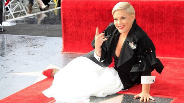 P!nk is nieuwste ster op Hollywood Walk of Fame