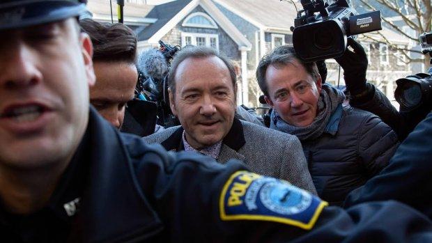 Kevin Spacey zwijgt in alle toonaarden in rechtbank