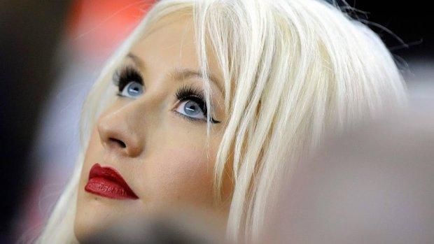 Christina Aguilera struint door de straten van Amsterdam