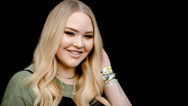 Nikkie Tutorials grijpt naast People's Choice Award