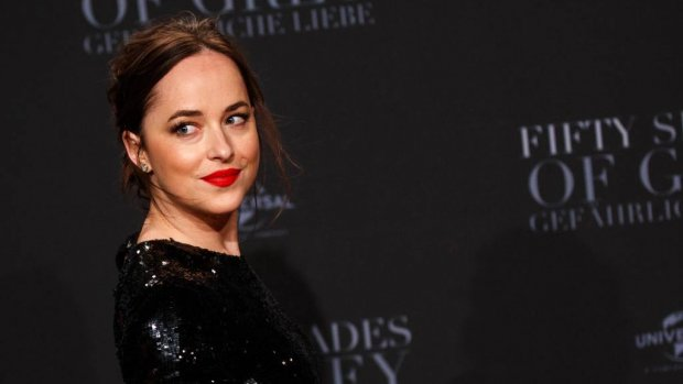 Dakota Johnson droeg string met superlijm
