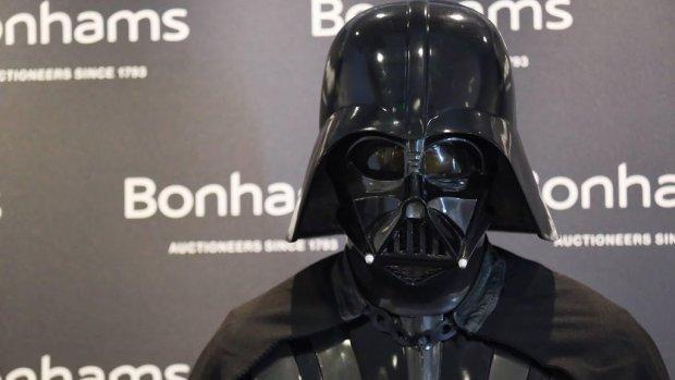 Star Wars-fans opgelet: vanaf nu ook Darth Vader barbiepoppen