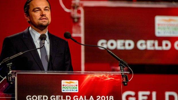 Leonardo DiCaprio luidt noodklok in Amsterdam