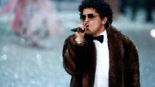 Bruno Mars feliciteert Lil Nas X met record