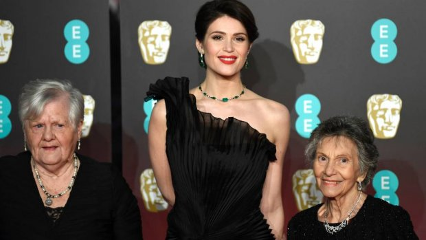 Demonstranten op rode loper BAFTA's