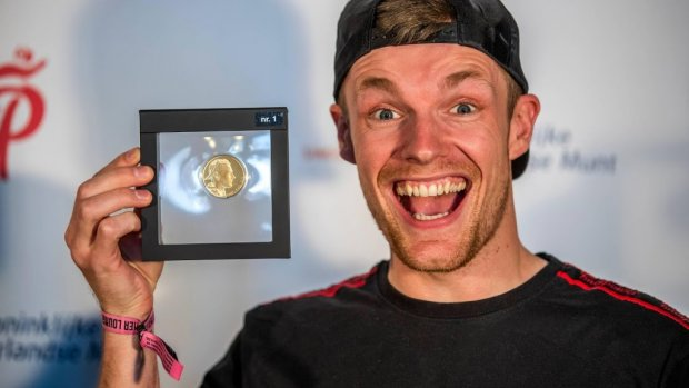 Enzo Knol neemt eigen munt in ontvangst