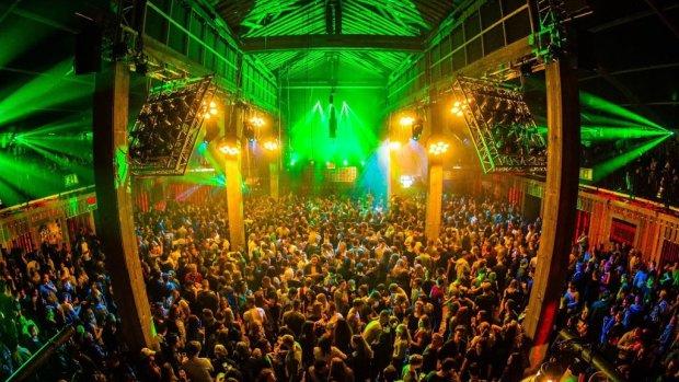 Zonnig Paaspop trekt recordaantal bezoekers