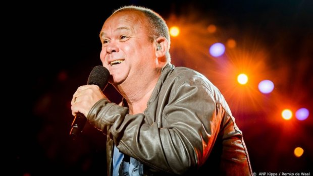 Paul de Leeuw tipt Rotterdam voor Songfestival