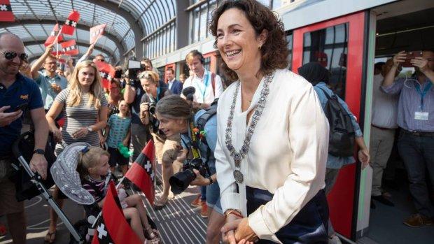 Opening Noord-Zuidlijn boeit kwart kijkers