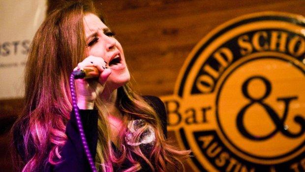 Ex Lisa Marie Presley wil geld zien
