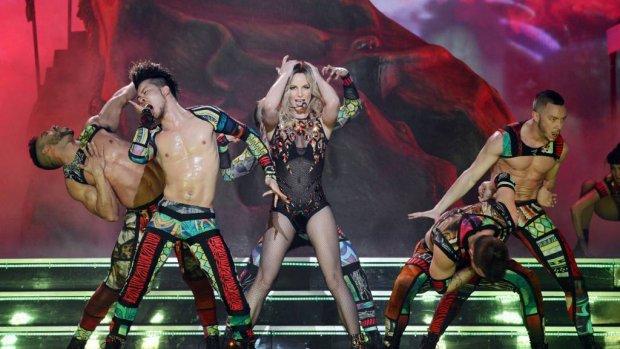 Britney slaat Nederland over op Europese tour
