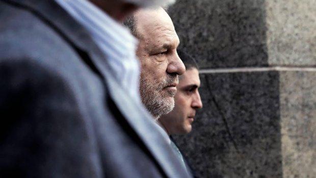 Harvey Weinstein schakelt advocaat Rose McGowan in