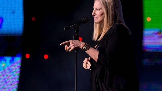 Barbra Streisand neemt Jackson-uitspraken terug