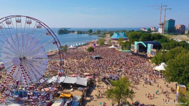Heerlijk zomerweer op festival ZAND