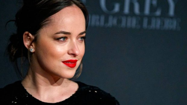 'Relatie Chris Martin en Dakota Johnson wordt serieuzer'