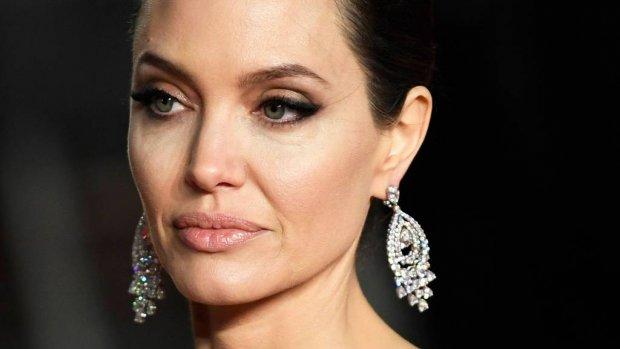 Angelina Jolie neemt andere advocate