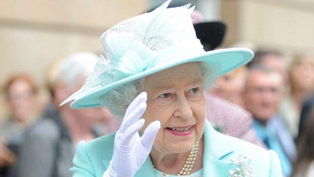 Droombaan? Queen Elizabeth zoekt chauffeur