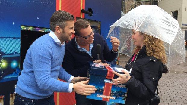 Video: Albert, Winston en Maik verrassen met kerstpakket