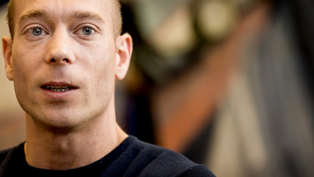 Vader Yuri van Gelder wacht straf hennepkwekerij rustig af