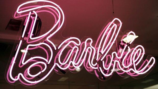 Barbie maakt pop met maten Ashley Graham