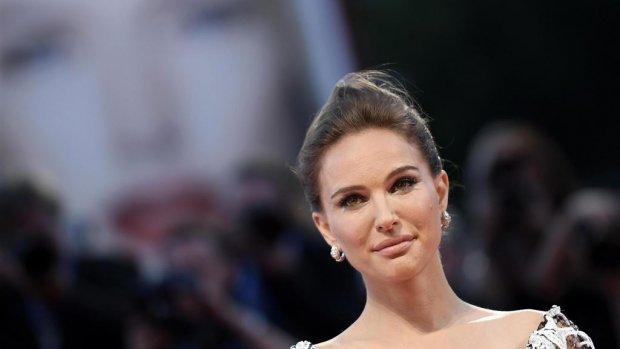 Zwangere Natalie Portman naakt in Vanity Fair