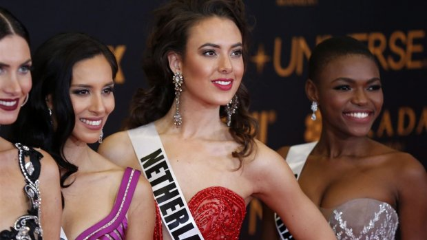 Zoey Ivory klaar voor Miss Universe