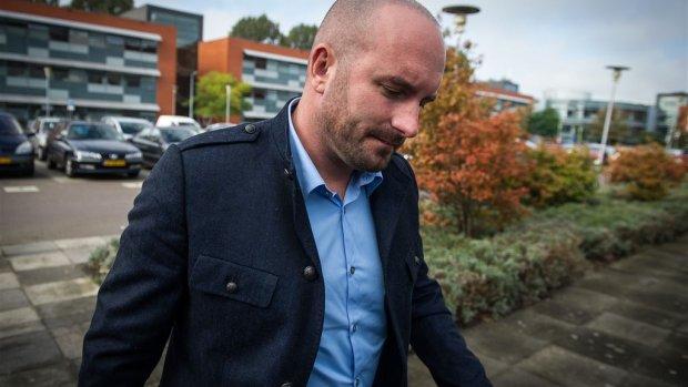 Dean Saunders haalt geld op voor 'wraakvader'