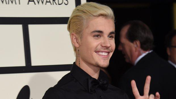 Justin Bieber hint op vaderschap