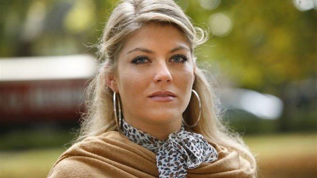 Zoon 'Gooisch meisje' Pauline in Nederland