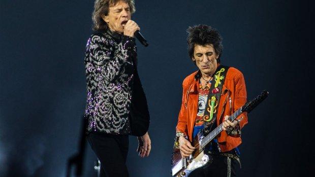 Mick Jagger vaart op Amsterdamse grachten