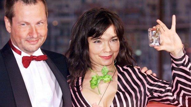Lars von Trier ontkent seksuele intimidatie Björk