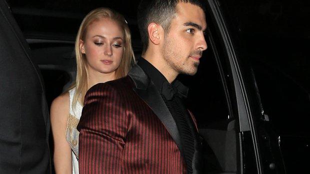 Joe Jonas en Sophie Turner vieren verloving