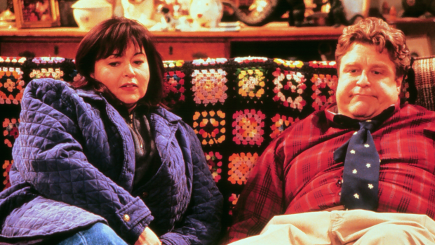 Eerste beelden reboot hitserie Roseanne