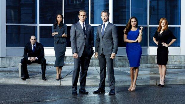 Suits-acteurs helemaal klaar voor huwelijk Meghan