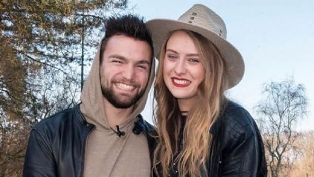 Wie is edele Romy dating kroon romplengte zwangerschap dating
