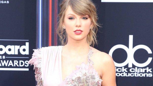 Taylor Swift staat stil bij Pride-maand