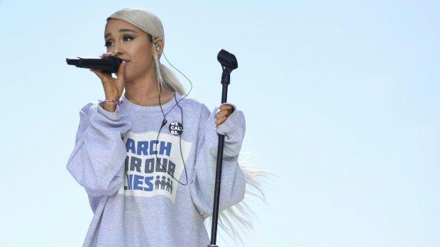 Ariana Grande keert terug naar plek van aanslag