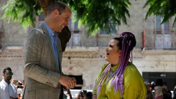 Prins William ontmoet songfestivalkoningin