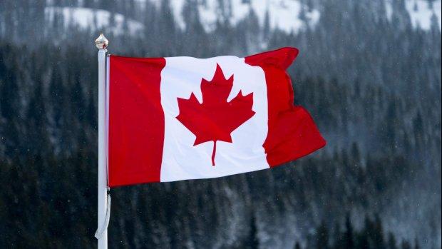 Drie Canadese vloggers storten van waterval en sterven