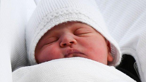 Koninklijke familie klaar voor doop van kleine Louis