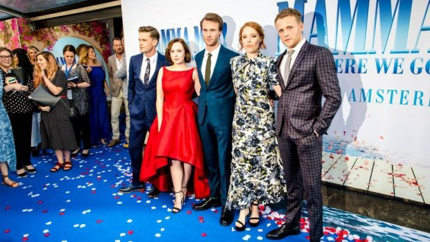 Tout bekend Nederland geniet van Mamma Mia! 2