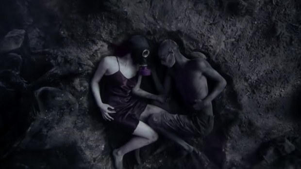 Creepy nieuwe teaser American Horror Story is hier