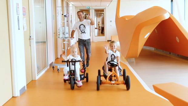 Prinses Máxima Centrum bedankt Bas Smit met geweldige video